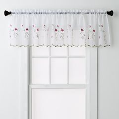 United Curtain Co. Loretta Window Valance - 52'' x 18''