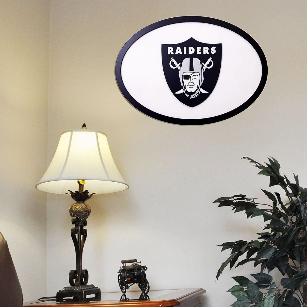 Oakland Raiders 31-inch Carved Wall Art