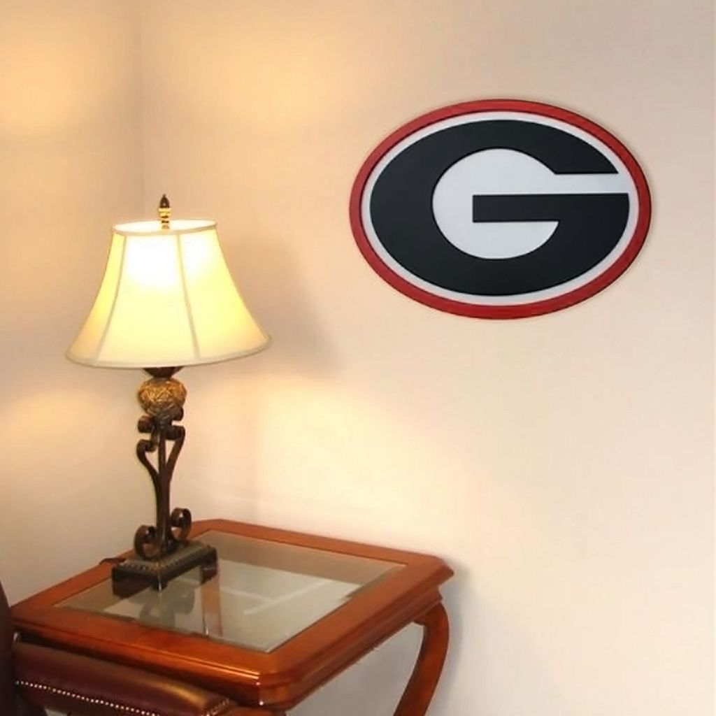 Georgia Bulldogs 31-inch Carved Wall Art