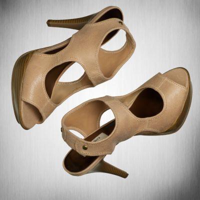 Simply Vera Vera Wang Peep-Toe High Heels
