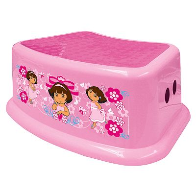 Dora the Explorer Step Stool by Ginsey