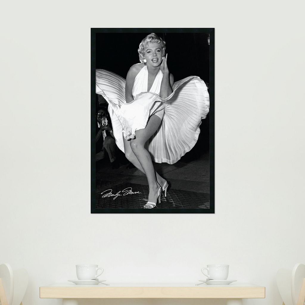 Marilyn in New York, 1954 Framed Poster by Matthew Zimmerman
