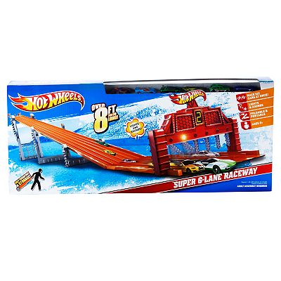 Hot Wheels Super 6-Lane Raceway Playset by Mattel