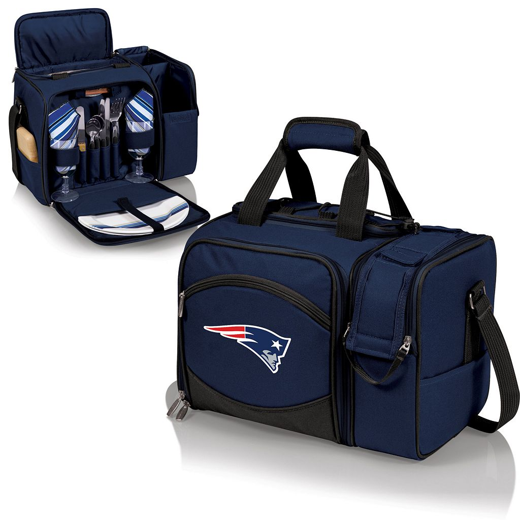 Picnic Time New England Patriots Malibu Insulated Picnic Cooler