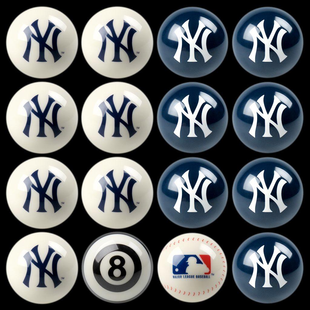 New York Yankees Home vs. Away 16-pc. Billiard Ball Set