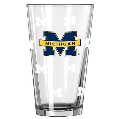 Michigan Wolverines 2-pc. Color-Changing Pint Glass Set