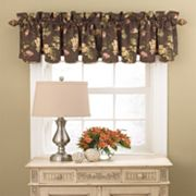 Waverly Napoli Scalloped Valance - 15'' x 50''