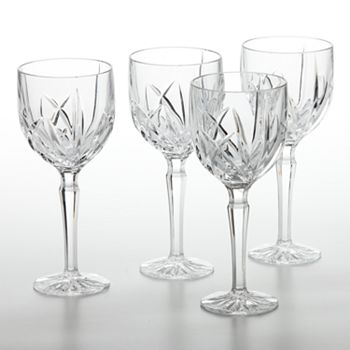 10 Crystal Clear Glassware To Style Your Dining Tables