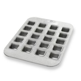 USA Pan 20-Cup Brownie Bite Pan