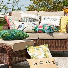 patio throw pillows and cushions