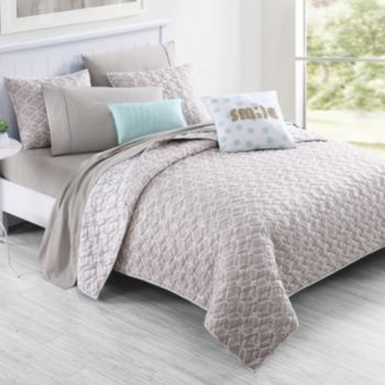 VCNY Inspire Me Mix & Match Gwen Quilt Collection