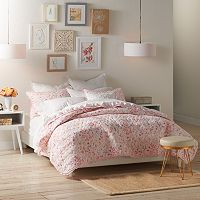 LC Lauren Conrad Sprig Leaf Quilt Collection