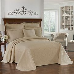 Historic Charleston Charles Matelassé Bedspread Collection