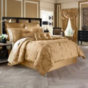 37 West Colonial Comforter Collection