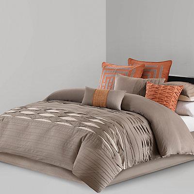 N Natori Nara Comforter Collection
