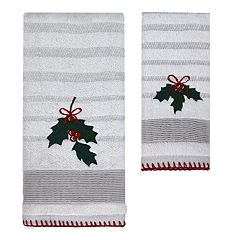 St. Nicholas Square® Christmas Traditions Holly Bath Towel Collection