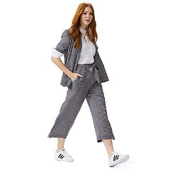 Women's Low-Key Power Play Outfit