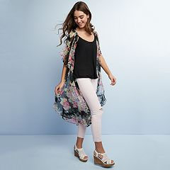 Juniors' Spring Floral Outfit