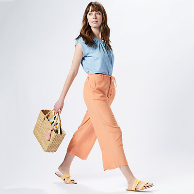 Women's Father's Day Celebration Outfit