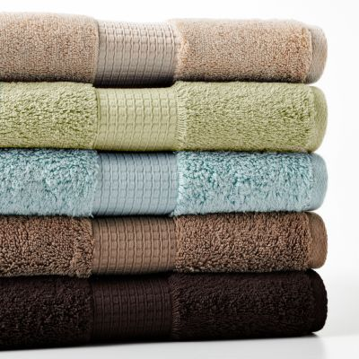 Apt. 9 Highly Absorbent Solid Bath Towels