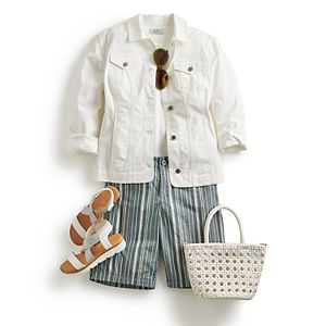 Women's Stripe Season Outfit