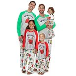 Jammies For Your Families® Snoopy Family Collection