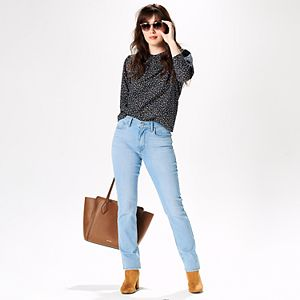 Women's Vintage Vibe Outfit