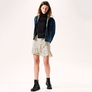 Women's Layering Lesson Outfit