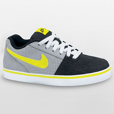 Nike 6.0 Ruckus Low Jr. Skate Shoes - Boys