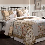 Camilla Reversible Quilt Set