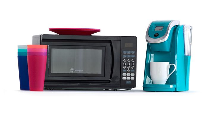 Microwave, coffeemaker and cups