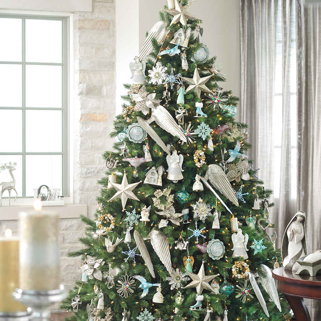 Christmas Decorations: Holiday Decorations & Decor