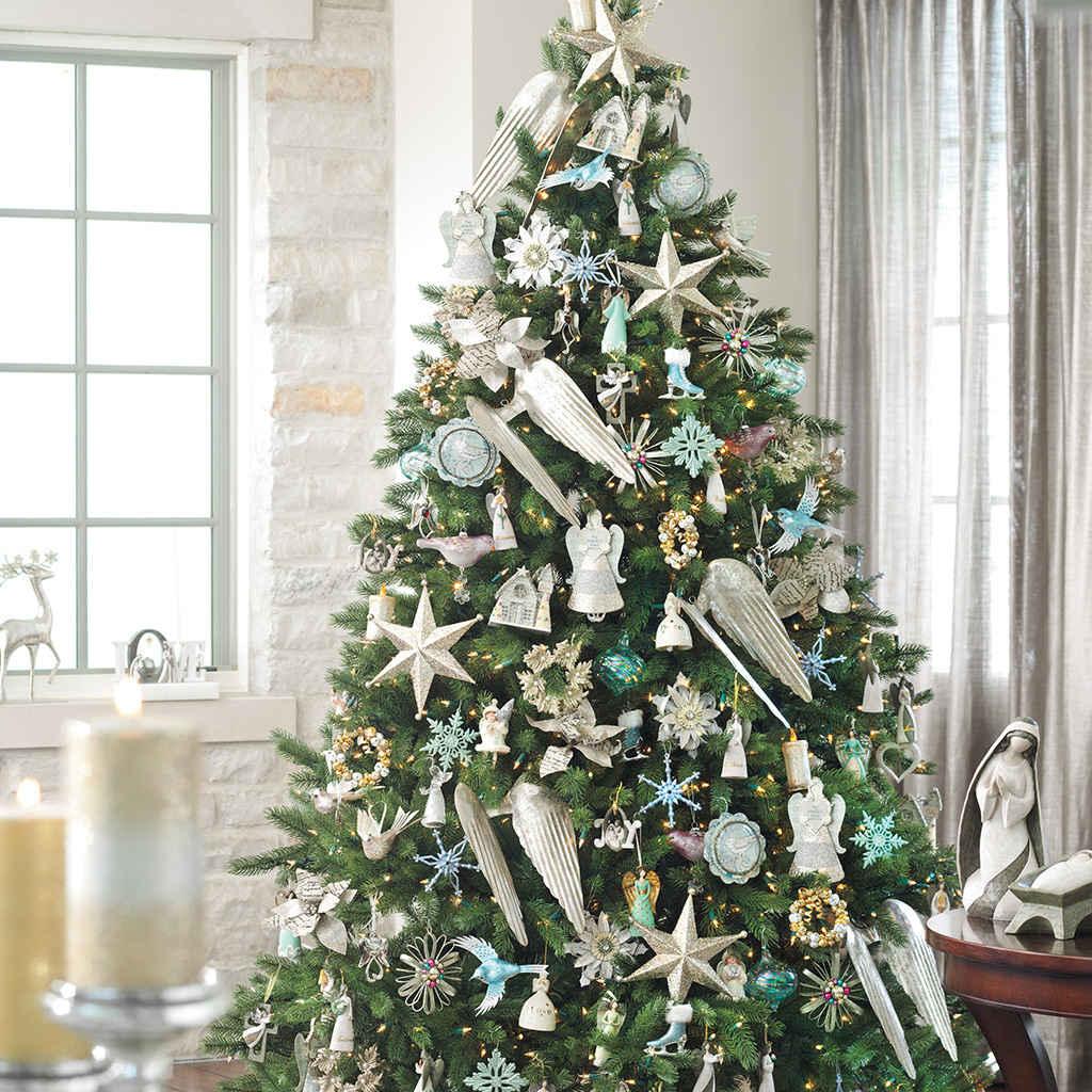 Christmas Decorations: Holiday Decorations & Decor