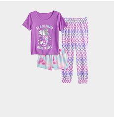girls' pajamas.