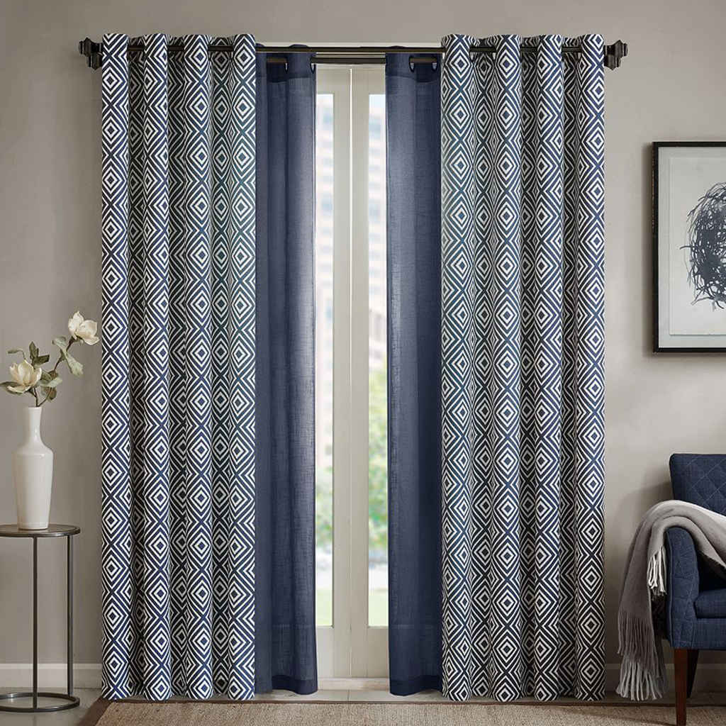 Curtain And Blinds Store Decorate The House With